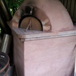 Crann Og Home-made Cob Oven